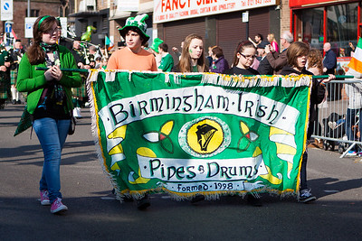 Birmingham Irish Pipes & Drums lead the parade.