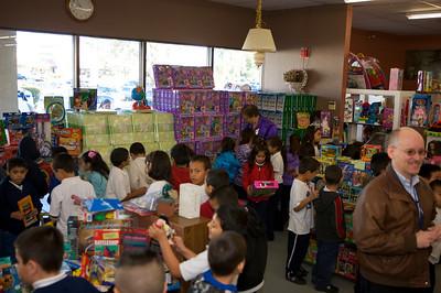St Vincent de Paul Store - Phoenix, AZ Christmas 2009
