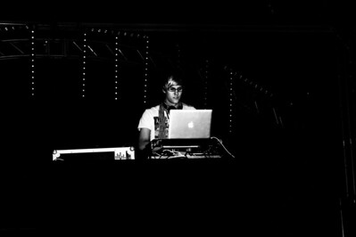 DJ Zeppi  creativecommons - by-nc-nd