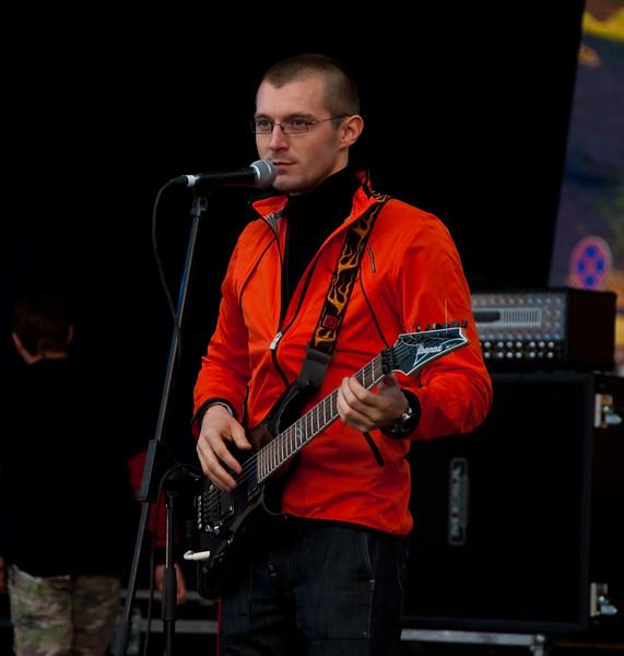Sergey Grigorovich singing on Stalker Fest 2009