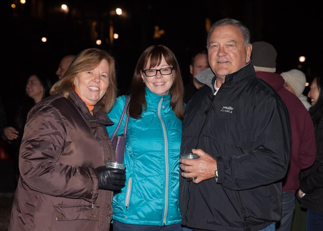 IMG_7006 Theresa McCabe, Christine Tippelmann and John McCabe