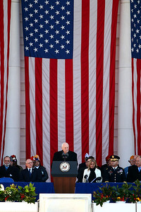 Dick Cheney Veterans Day 2009 - Arlington