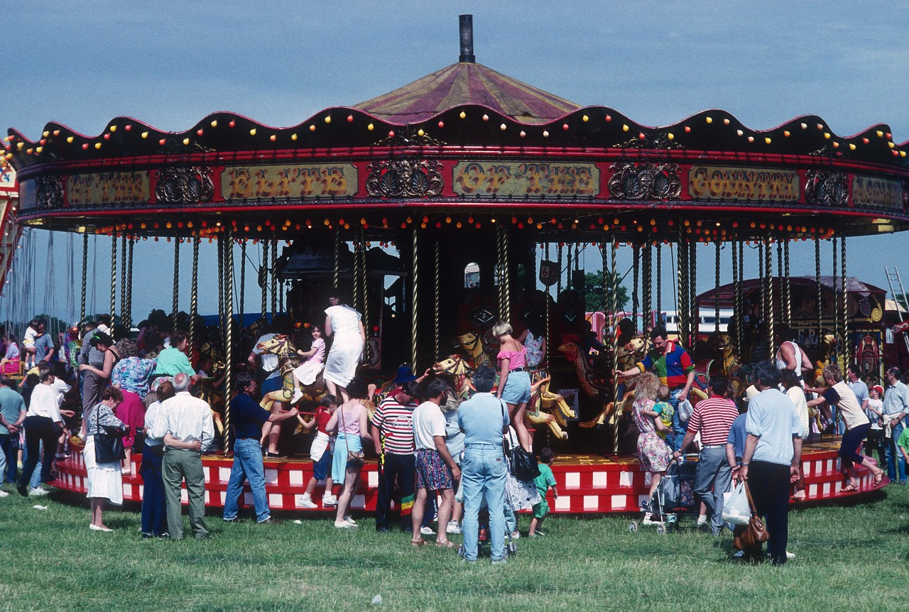 Carousel at Steam Rally