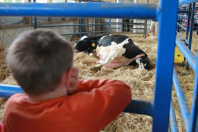 100605 Breakfast on the Farm Mill Creek Dairy 034