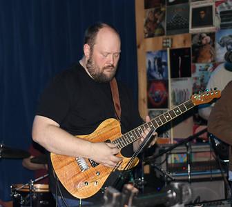 Chris Gilbransen on guitar 2014 @ m burgess
