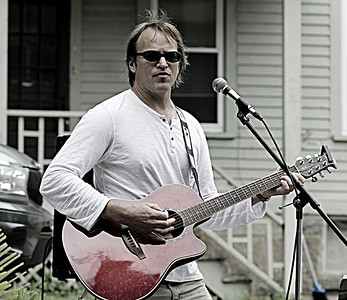 Todd's Awesome Guitar June 2014 Strawberry Fest