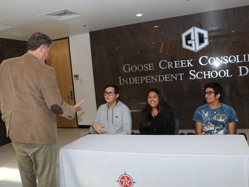Lee College Foundation Scholarships - GCCISD