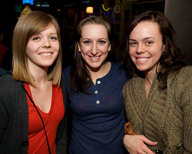 Monica, Sarah and Sarah at Mac's Pizza Pub in Clifton for the Sugar Bowl