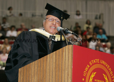 Monkombu Sambasivan Swaminathan addresses graduates during the 2006 Summer Graduation Commencement held in Hilton Coliseum on Saturday, August 05, 2006.