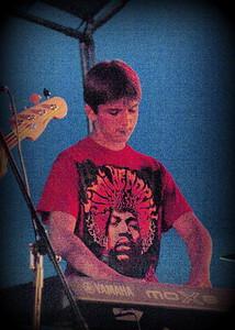 SF12 Btle of bands -010