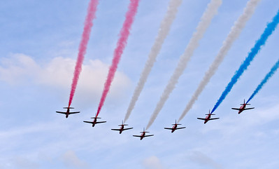 Red-arrows-arrival-1