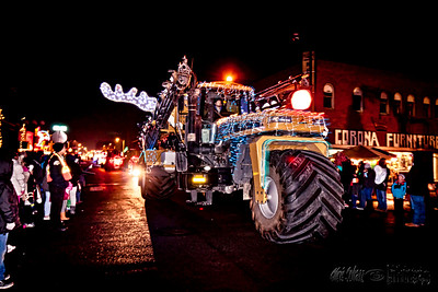 Sunnyside Lighted Farm Implement Parade 2015