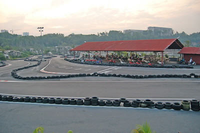 Overview of the go-kart area.
