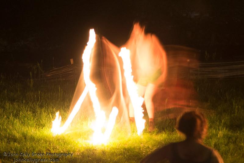 Moon_Fire_Hoop_Dance_115