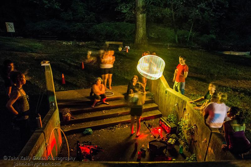 Moon_Fire_Hoop_Dance_002