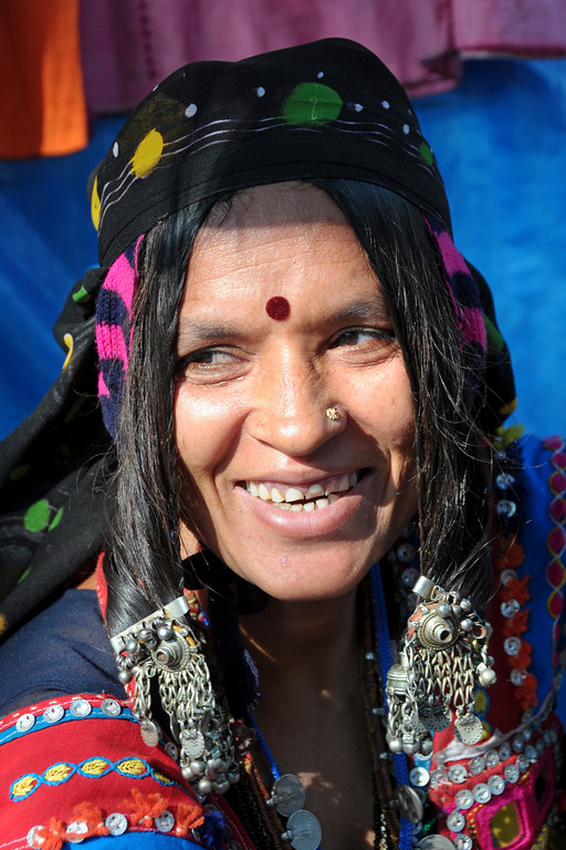 Portrait of Lambani,Lakshmi Bai from Sandur who is working with Sandur Kushala Kala Kendra since a decade. See more details:  http://www.kushalakalasandur.com/