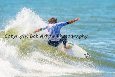 Surfing Unsound Pro 2013-021-2