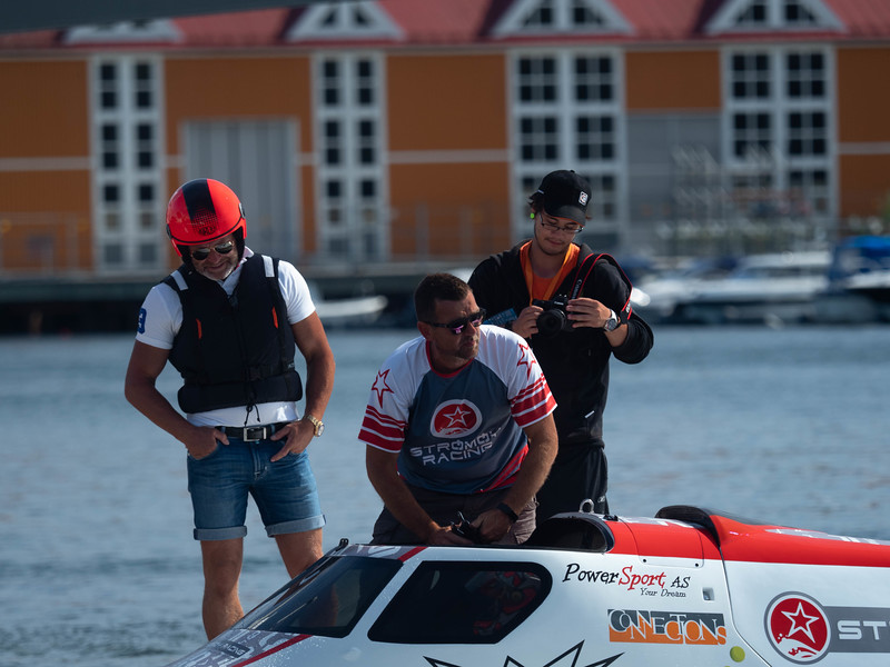 Photo:  Andreas Henden -  Boat racing, Circuit, F1, Marit Strømøy, Ship, UIM, Union Internationale Motonautique, boatracing, powerboat