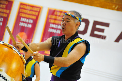 Taiko Drums Demonstration @ De Anza College Karate Tournament 2009 Amazing level of energy in every single beat!  May 17, 2009