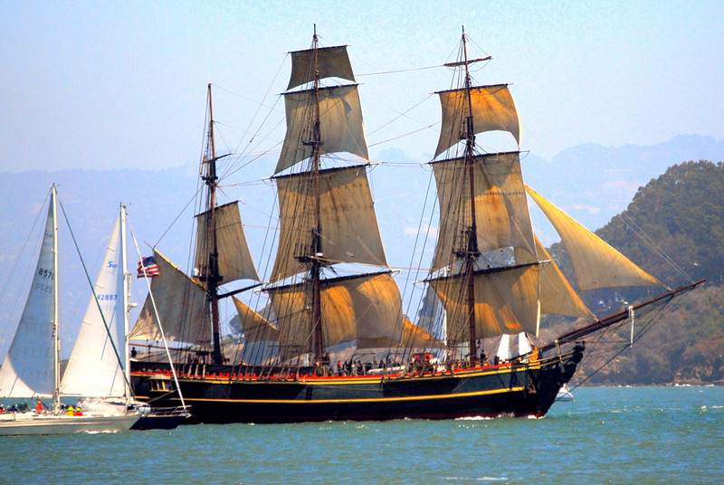 "<a href=""http://www.tallshipbounty.org/the-ship/index.php""> <span style=""color:#DDDD66"">HMS Bounty</a> </span>"