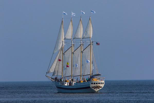 Tall_ships_Sturgeon_Bay-1490