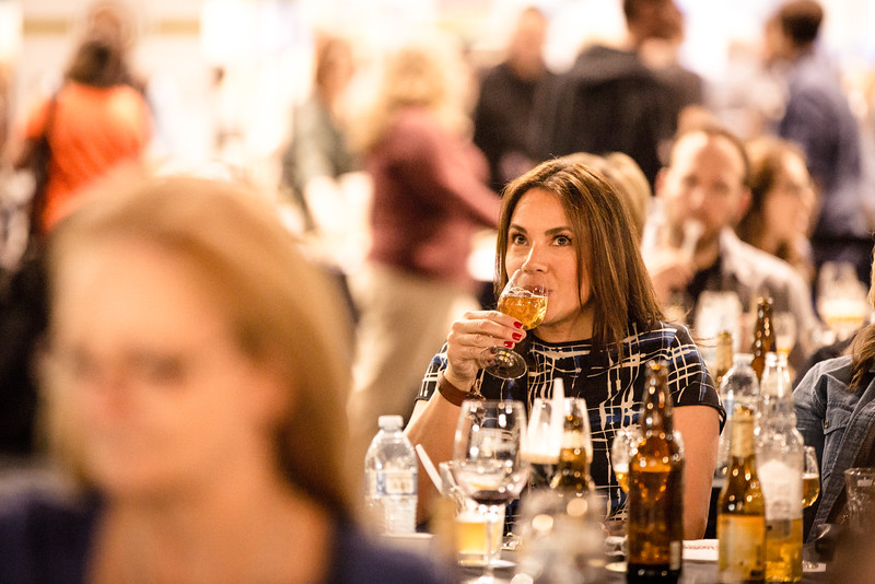 Stella Artois cidre is not an overly sweet cider.  The apple flavor worked really with the maple to invoke an apple pie a la mode flavor in your mouth.  Don't take my word for it though, just look at her face...