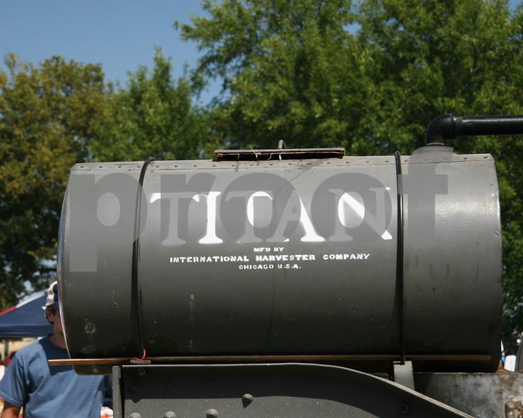 Titan Tractor