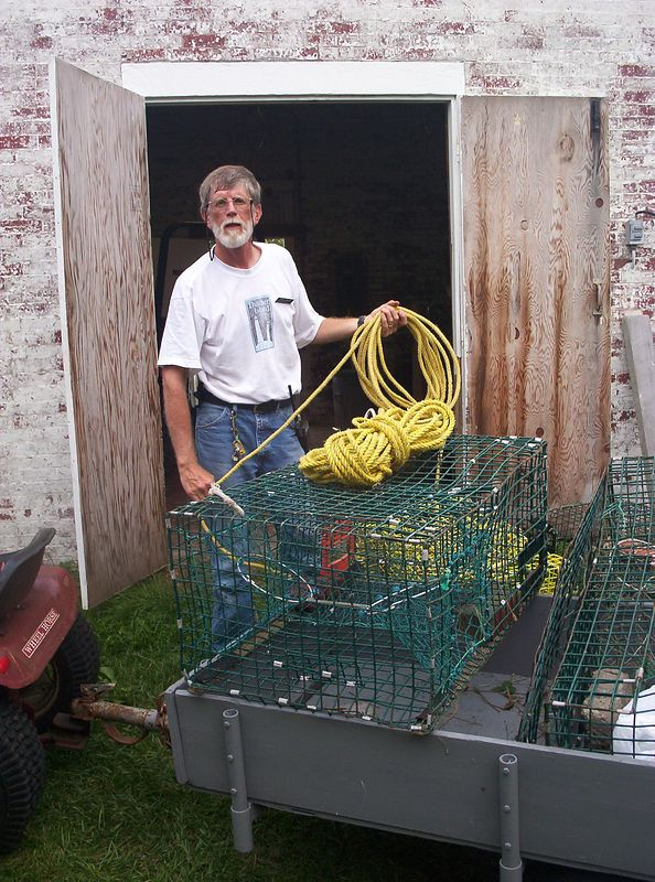 We lost a lobster pot so Captain John repairs on to put back in service.