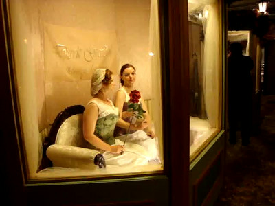 Living showroom dummies