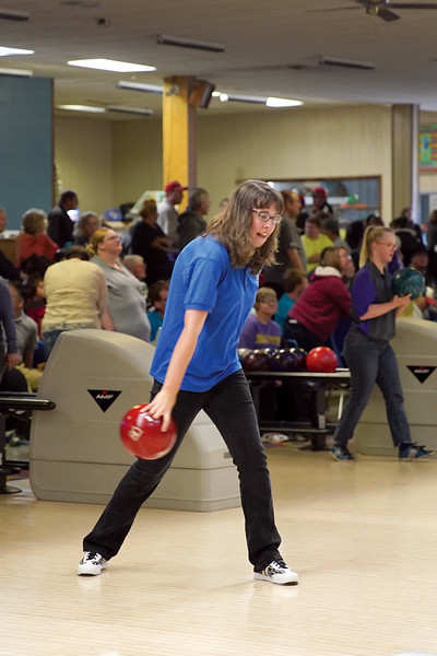 Matthew Gaston | The Sheridan Press<br>Chloe Lauman rolls for Sheridan during the 2019 Special Olympics Area IV Fall Games Friday, Sept. 27, 2019.