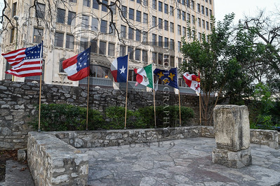 On the evening of March 6, 1836, General Antonio López de Santa Anna ordered soldiers to light three funeral pyres on which rested the bodies of the Alamo's defenders. Present day Mar 6 2017, a ceremony commemorated the event on the Alamo Plaza in San Antonio, Texas.