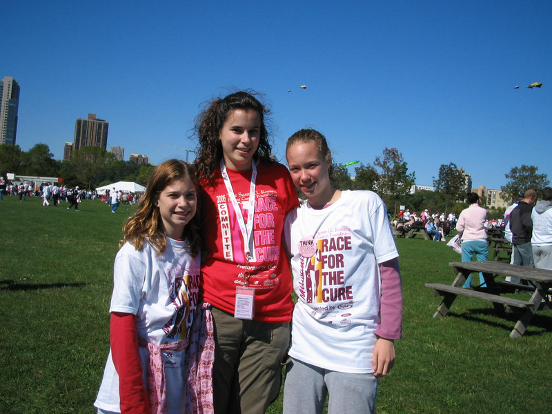 The girls came down to show their support - Allie ran it in 27 minutes!  Wow.
