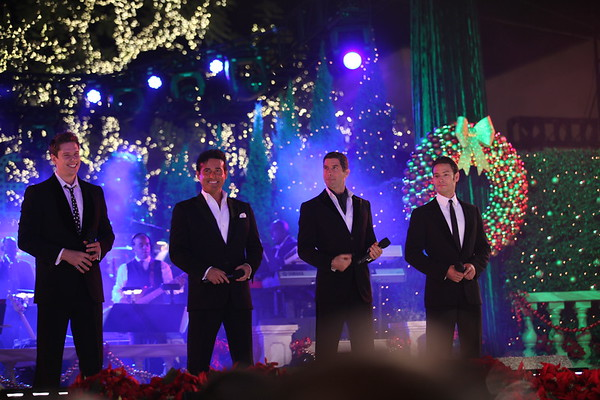 Il Divo performs at The Grove's 2011 Christmas Tree Lighting Ceremony