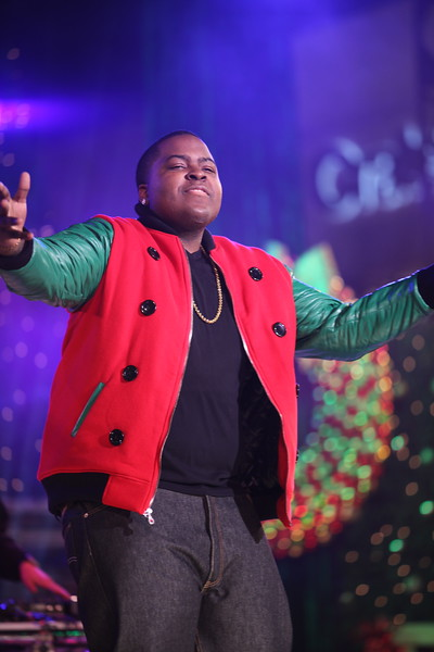 Sean Kingston performs at The  Grove's 2011 Christmas Tree Lighting Ceremony