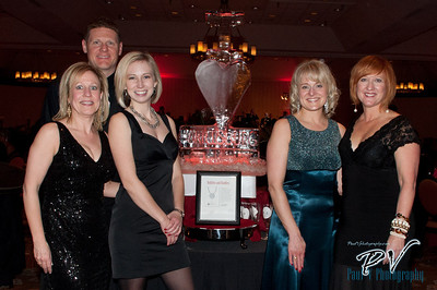 Board Members Deb Cotter, corey Kent, Erin Hoover, Joy Bochniak and Organizer Vicki DiSylvester at the Heart Ball