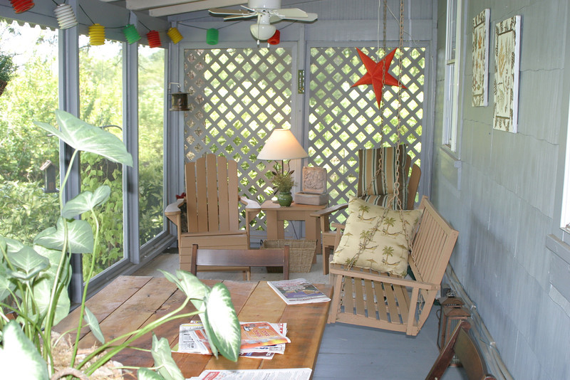 "the old porch 2005? Cathy"" leaf painting are my only good time frame?"