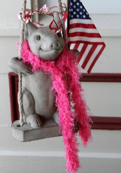 Patriotic Pig gets in the swing.