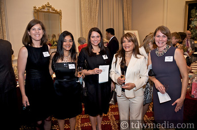 Juliette Hayes, Nikki Roosvall, Jacquelin Lyandress, Mona Najm and Bridget Maley