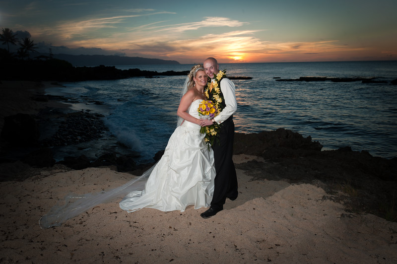 James and Erica Hawaiian Wedding (135 of 173).jpg