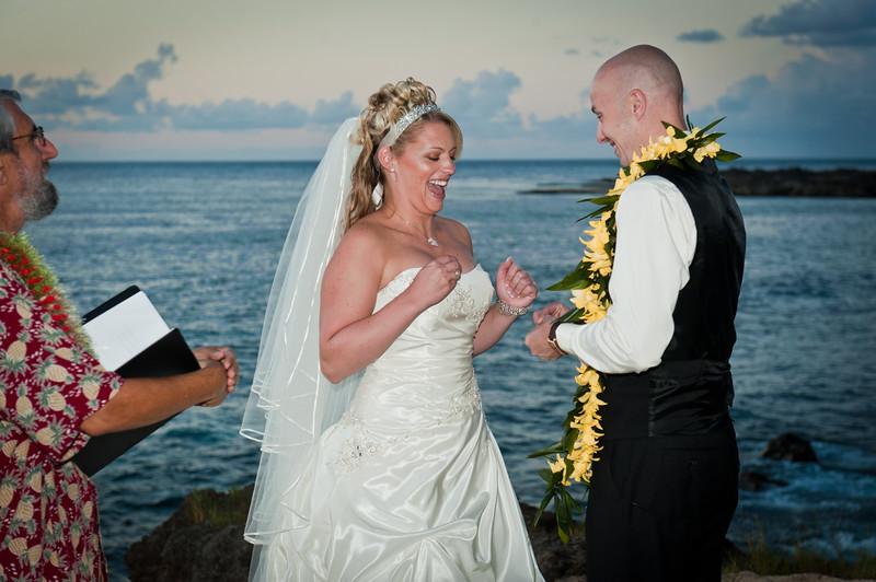 James and Erica Hawaiian Wedding (49 of 173).jpg