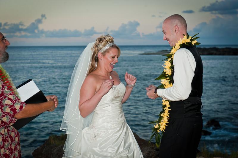 James and Erica Hawaiian Wedding (51 of 173).jpg