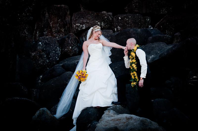 James and Erica Hawaiian Wedding (112 of 173).jpg
