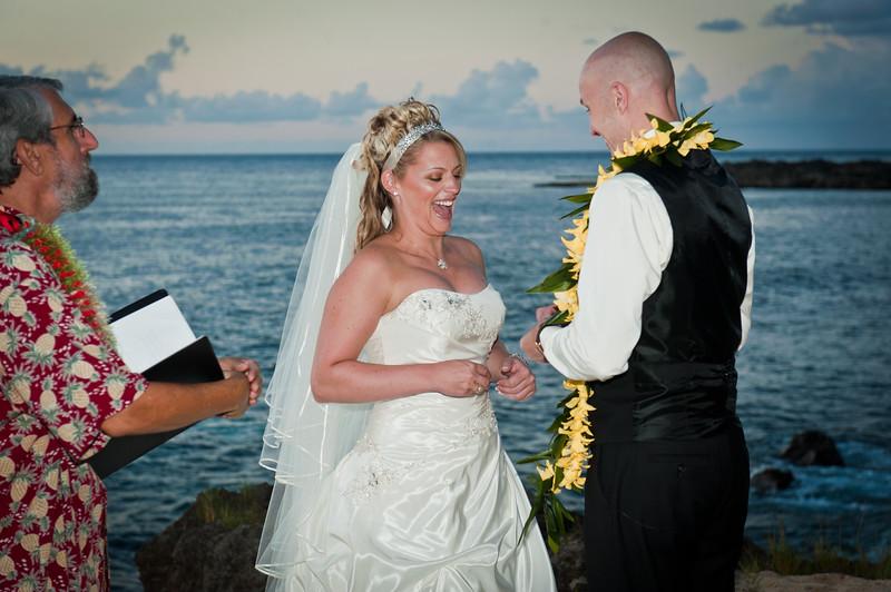 James and Erica Hawaiian Wedding (48 of 173).jpg