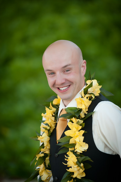 James and Erica Hawaiian Wedding (155 of 173).jpg