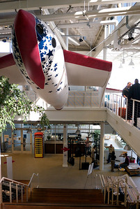 Lobby of building 40 at Google.