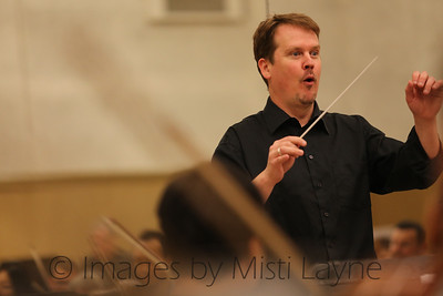 Thomas-Alexander-Conducting_019