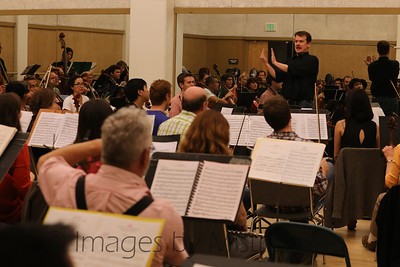 Thomas-Alexander-Conducting_008