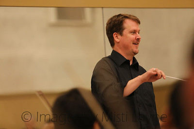 Thomas-Alexander-Conducting_017