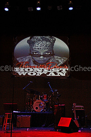 Thornetta Davis CD Release Concert Music Hall Detroit  November 2016   www.thornettadavis.com/