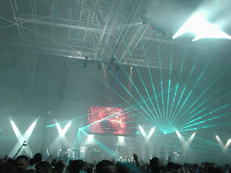 Tiësto gives an encore (of course, it is a concert after all)